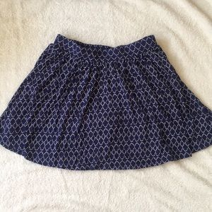 Navy and White Patterned Old Navy Short Skirt